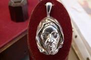 Christ serein - Pendentif en bronze argenté