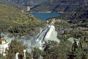 Destruction de la statue du Messie cosmoplanétaire - 6 septembre 2001